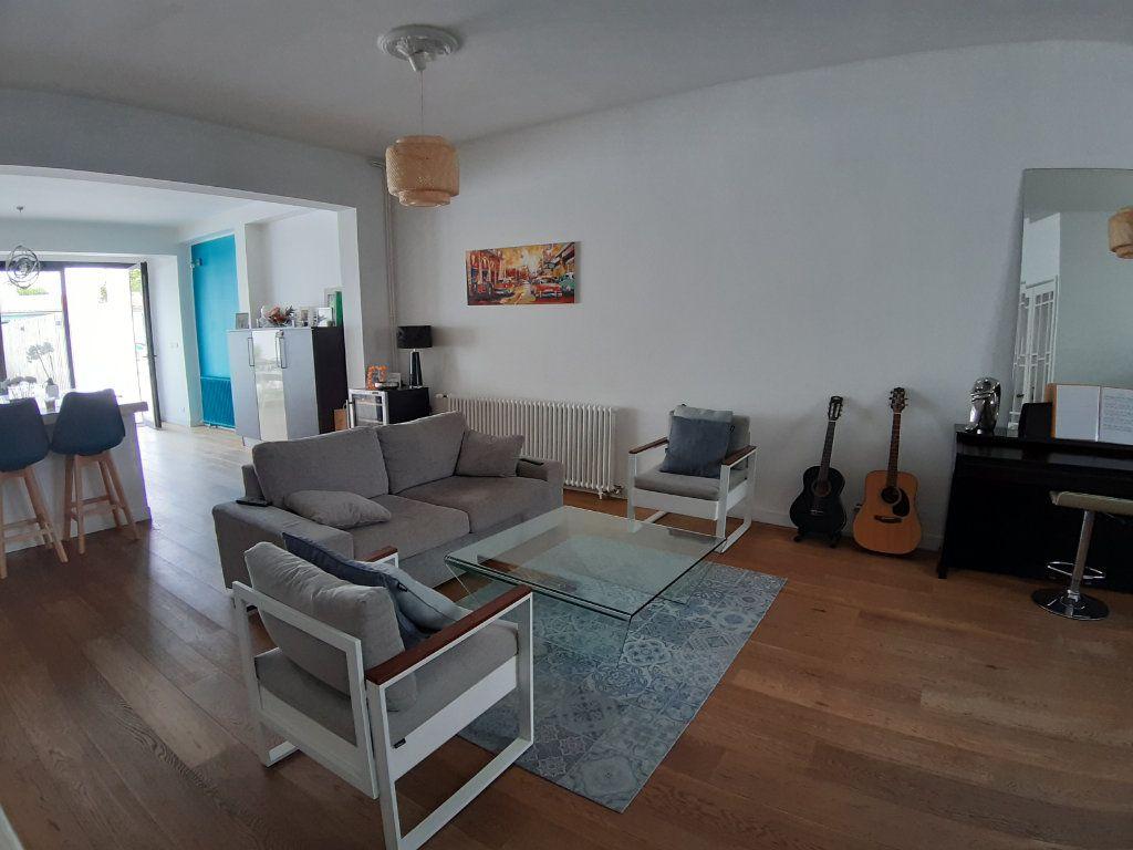 Maison à vendre 5 150m2 à Bordeaux vignette-4