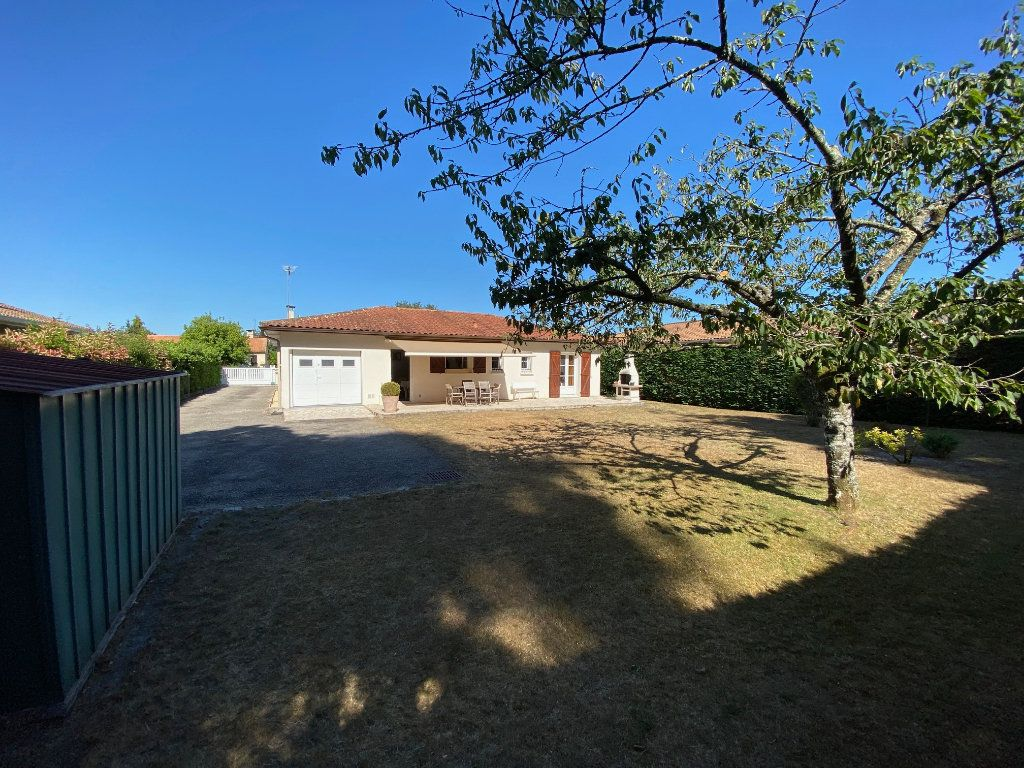 Maison à vendre 5 111m2 à Cestas vignette-2