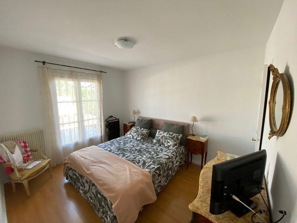 Maison à vendre 5 111m2 à Cestas vignette-5