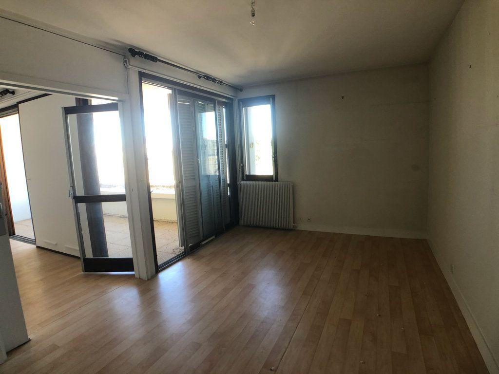 Appartement à vendre 2 50.16m2 à Bordeaux vignette-1