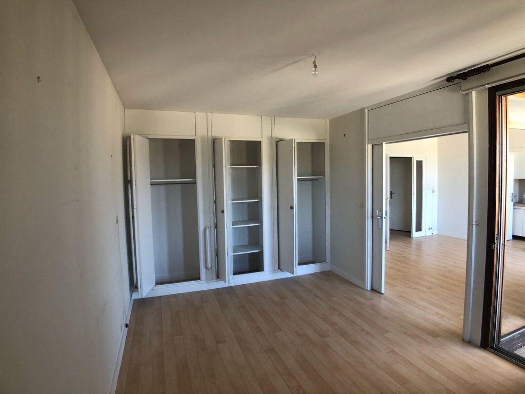 Appartement à vendre 2 50.16m2 à Bordeaux vignette-2