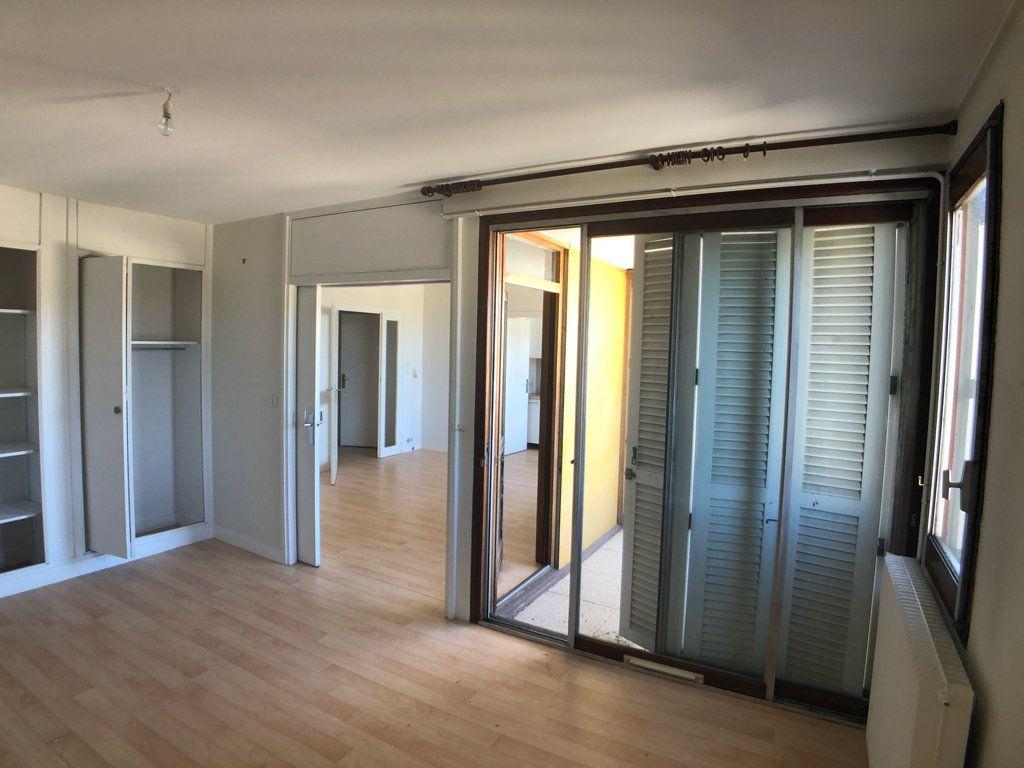Appartement à vendre 2 50.16m2 à Bordeaux vignette-3