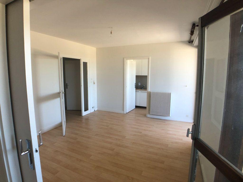 Appartement à vendre 2 50.16m2 à Bordeaux vignette-6