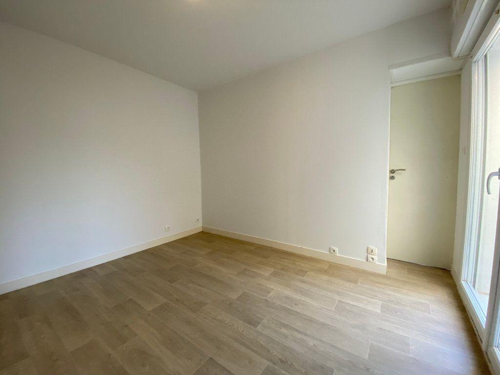 Maison à vendre 5 112m2 à Pessac vignette-10