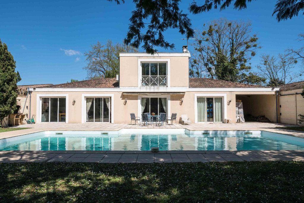 Maison à vendre 6 218m2 à Bruges vignette-1