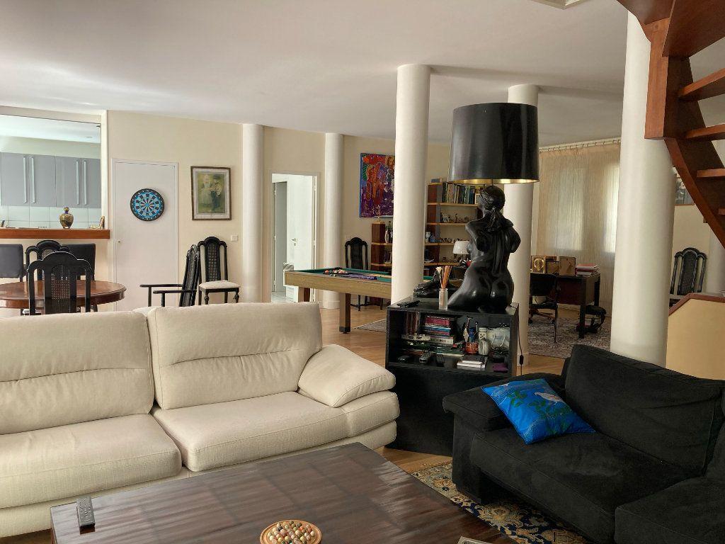 Maison à vendre 6 218m2 à Bruges vignette-12