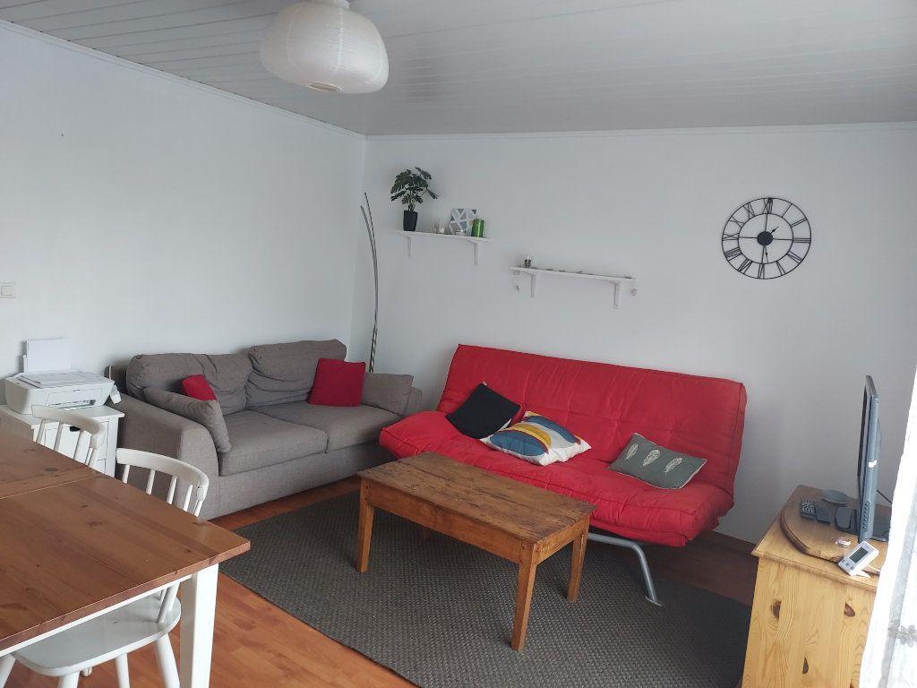 Appartement à louer 1 10m2 à Pessac vignette-1