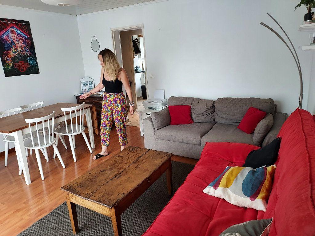 Appartement à louer 1 10m2 à Pessac vignette-4