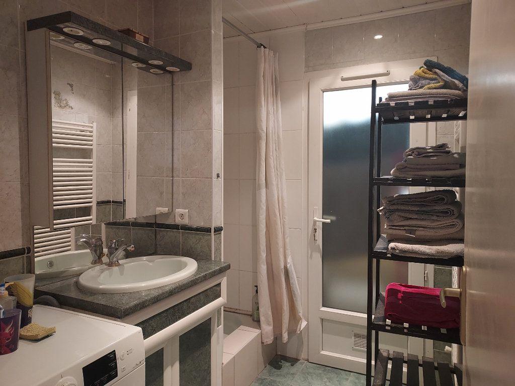 Appartement à louer 1 10m2 à Pessac vignette-6