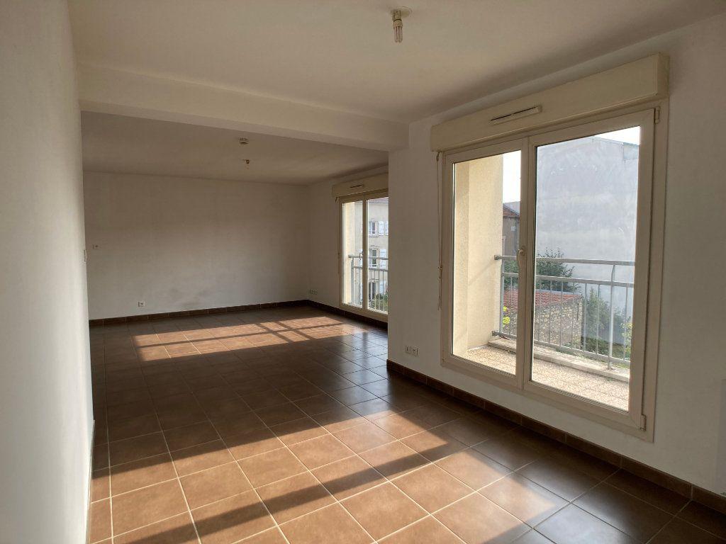 Appartement à louer 2 41m2 à Nancy vignette-2