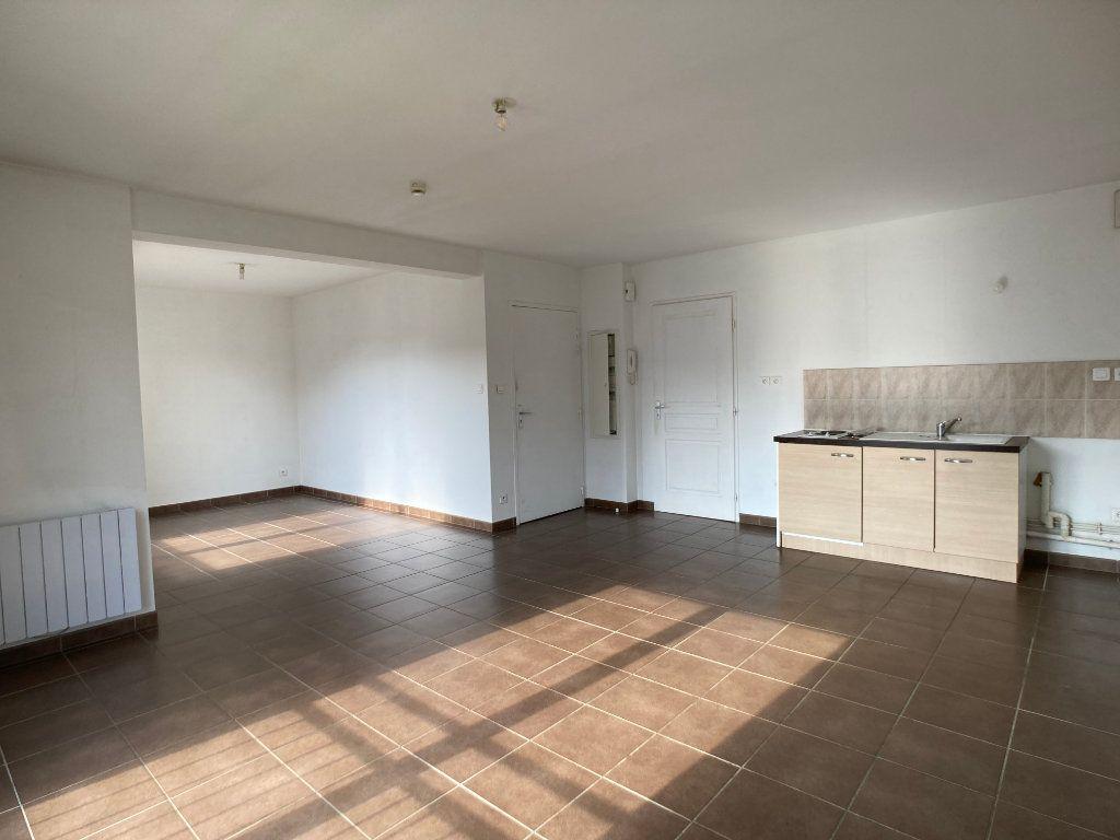 Appartement à louer 2 41m2 à Nancy vignette-3