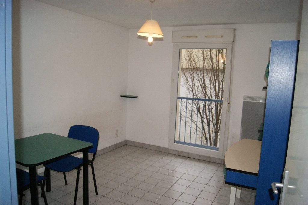 Appartement à louer 1 19.19m2 à Nancy vignette-1