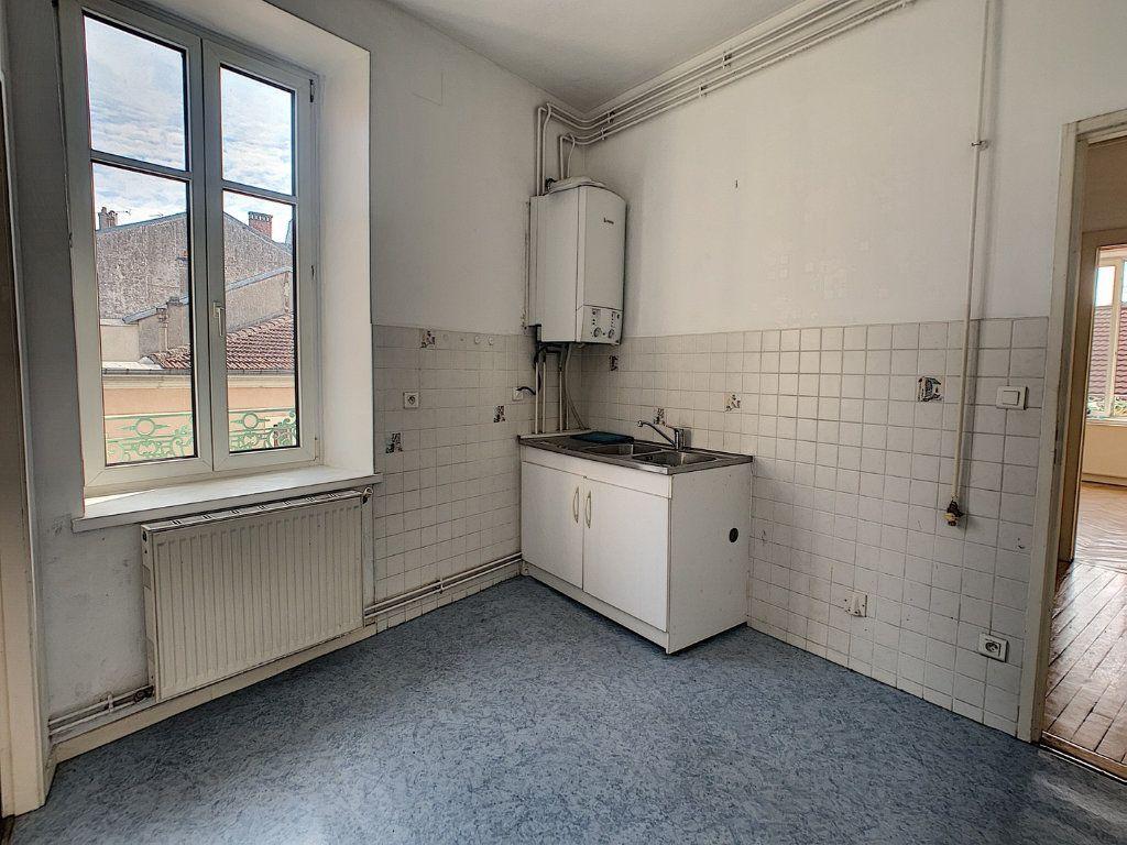 Appartement à louer 2 42.75m2 à Nancy vignette-4