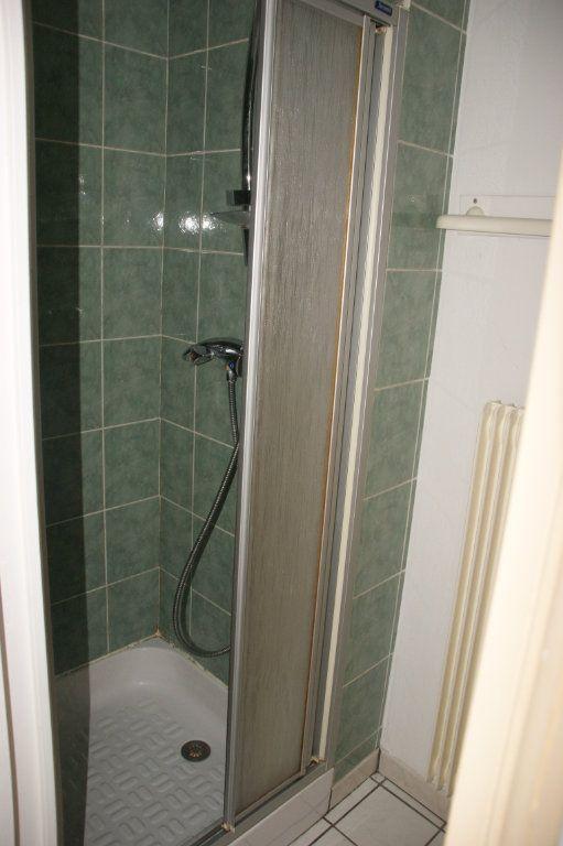 Appartement à louer 2 35m2 à Nancy vignette-5