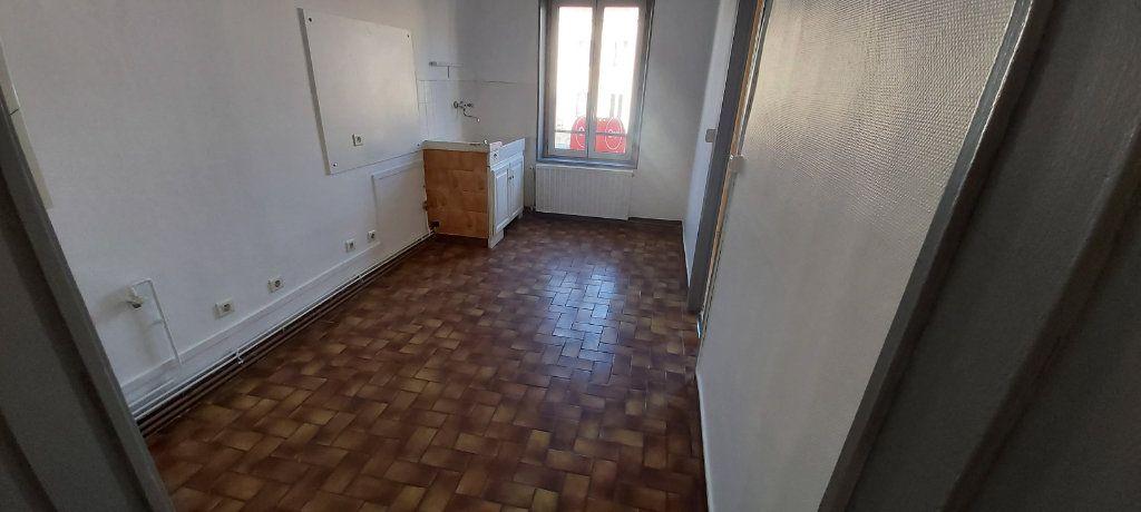 Appartement à louer 4 95m2 à Nancy vignette-1