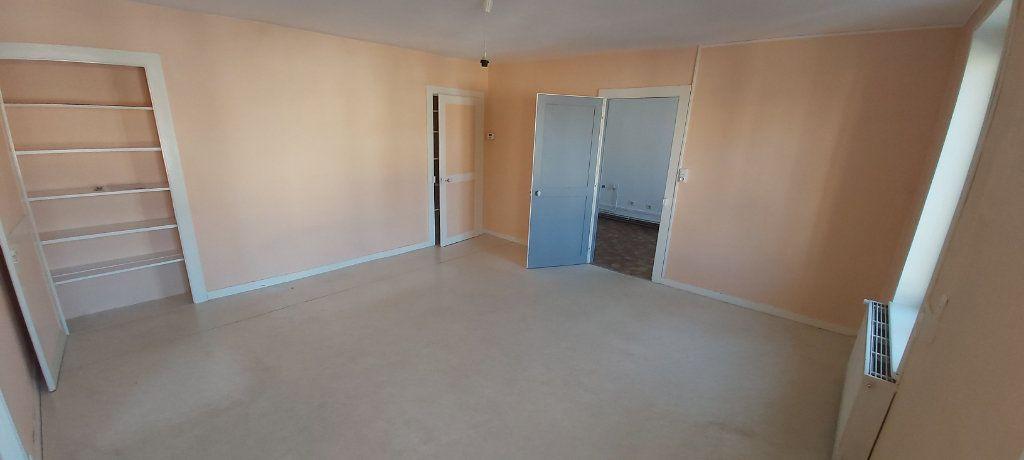 Appartement à louer 4 95m2 à Nancy vignette-3