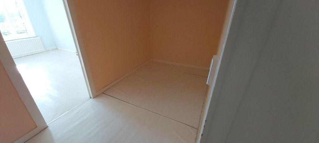 Appartement à louer 4 95m2 à Nancy vignette-5