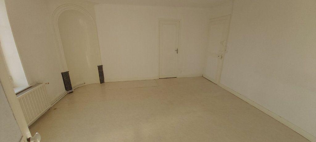 Appartement à louer 4 95m2 à Nancy vignette-8