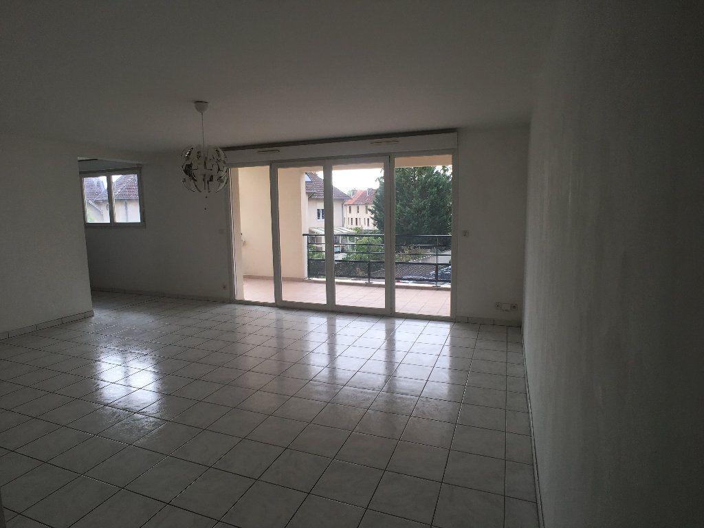 Appartement à louer 4 98.63m2 à Nancy vignette-2