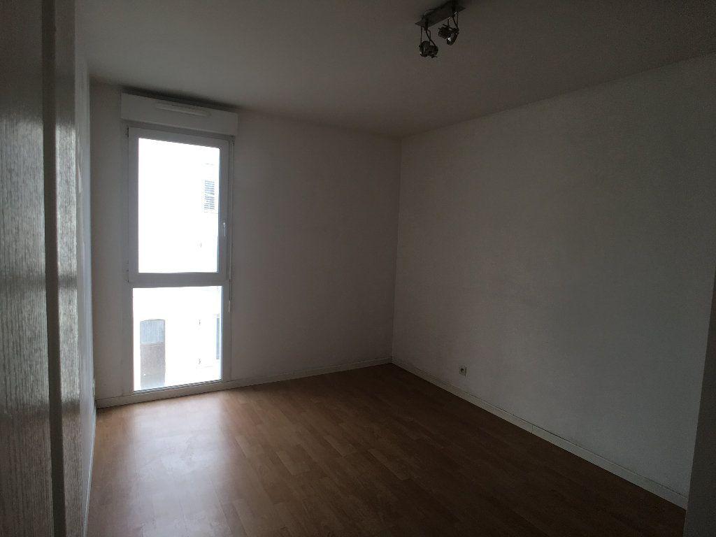 Appartement à louer 4 98.63m2 à Nancy vignette-5