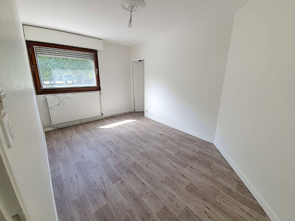 Appartement à louer 3 83m2 à Nancy vignette-4