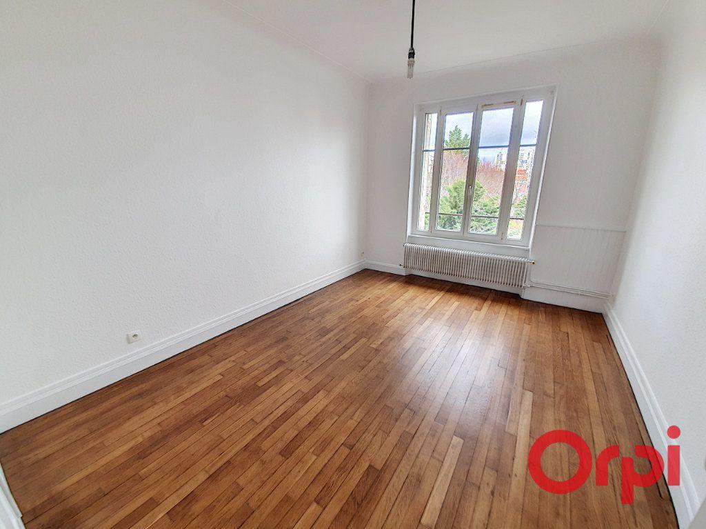 Appartement à louer 3 70m2 à Nancy vignette-4