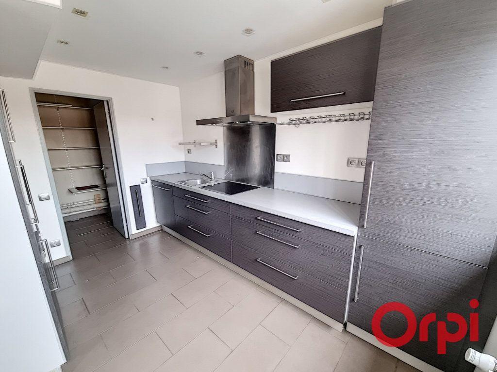 Appartement à vendre 6 124.13m2 à Malzéville vignette-3