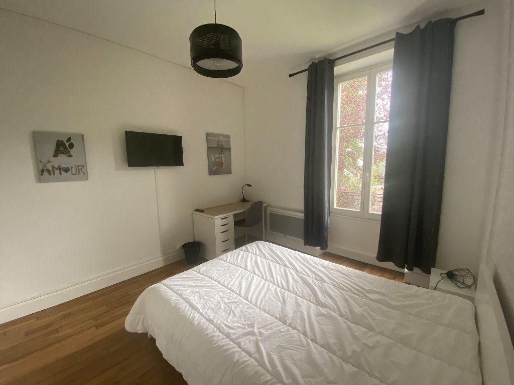 Appartement à louer 3 43.38m2 à Nancy vignette-4