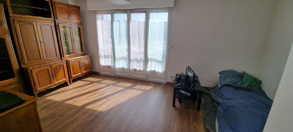 Appartement à louer 1 30m2 à Maxéville vignette-1