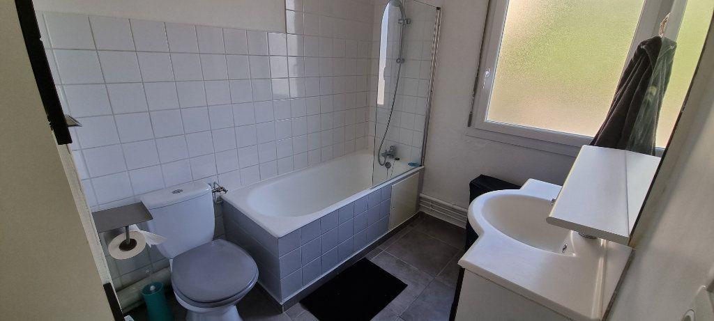 Appartement à louer 1 30m2 à Maxéville vignette-3
