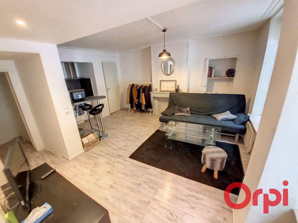 Appartement à louer 2 37m2 à Nancy vignette-2