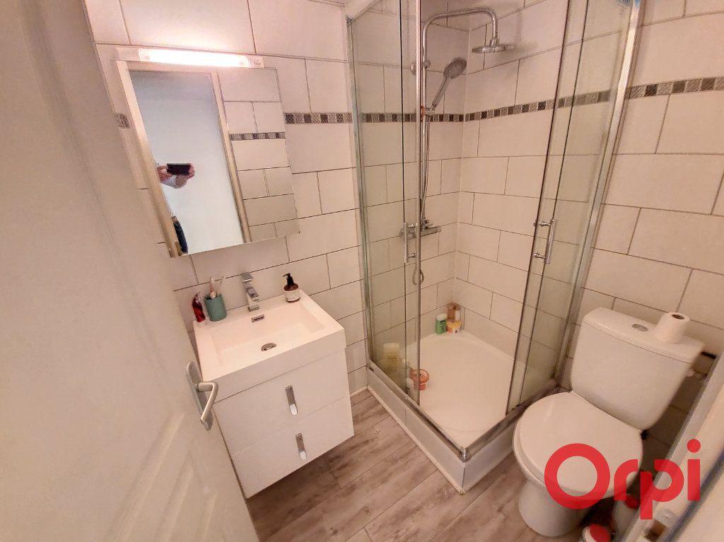 Appartement à louer 2 37m2 à Nancy vignette-5