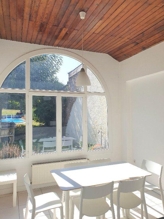 Maison à louer 8 200m2 à Mérignac vignette-3