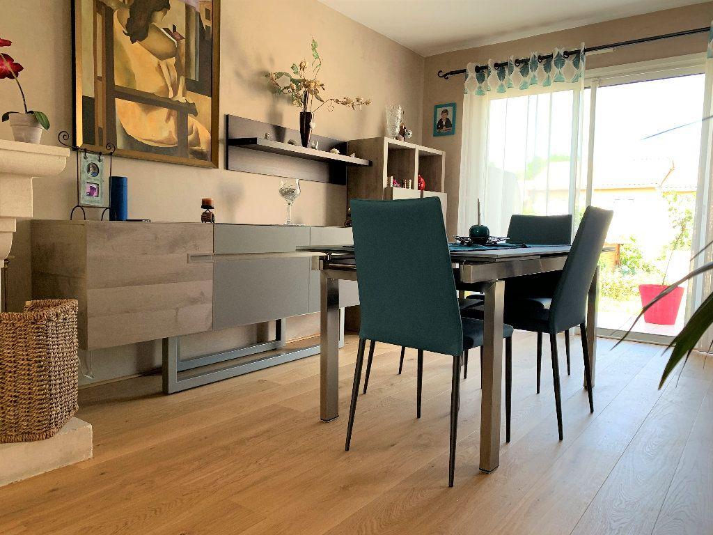 Maison à vendre 4 103m2 à Bruges vignette-2
