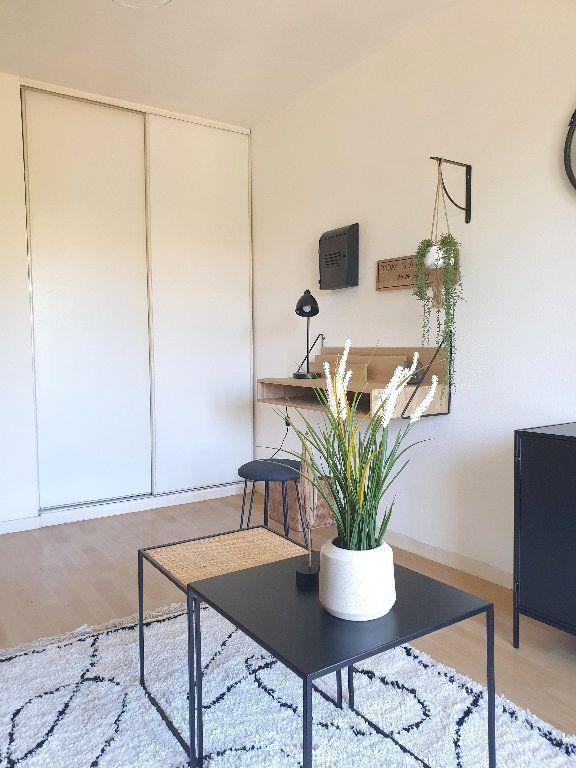 Appartement à louer 1 19.54m2 à Bordeaux vignette-3
