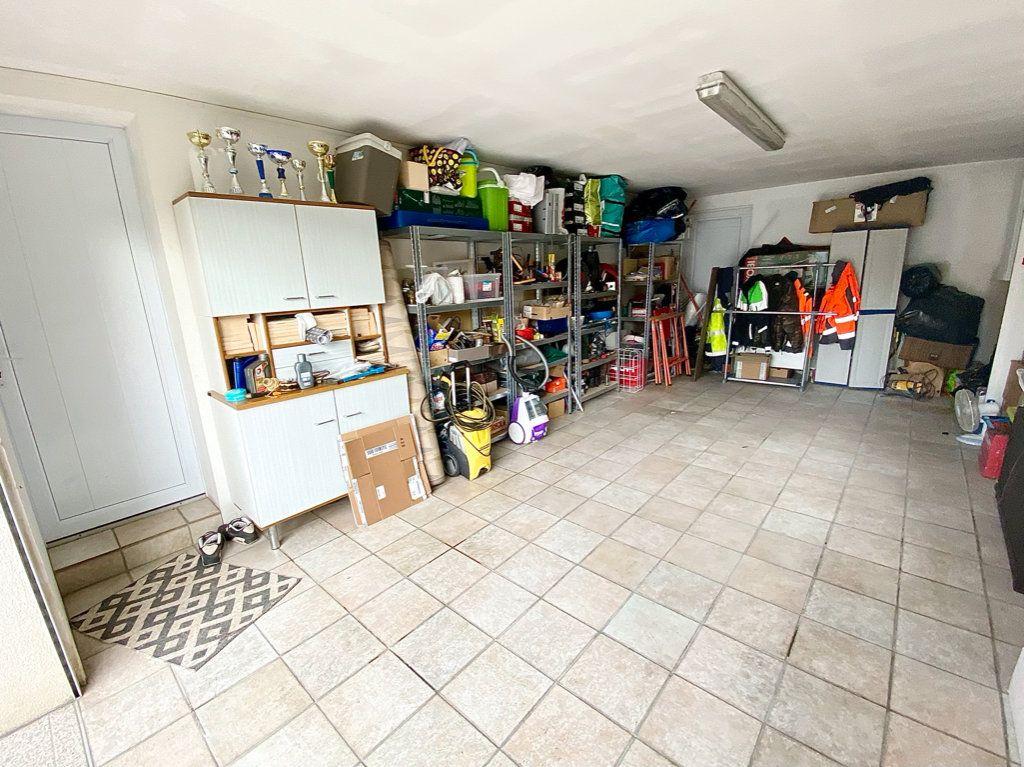 Maison à vendre 6 142.28m2 à Bruges vignette-14