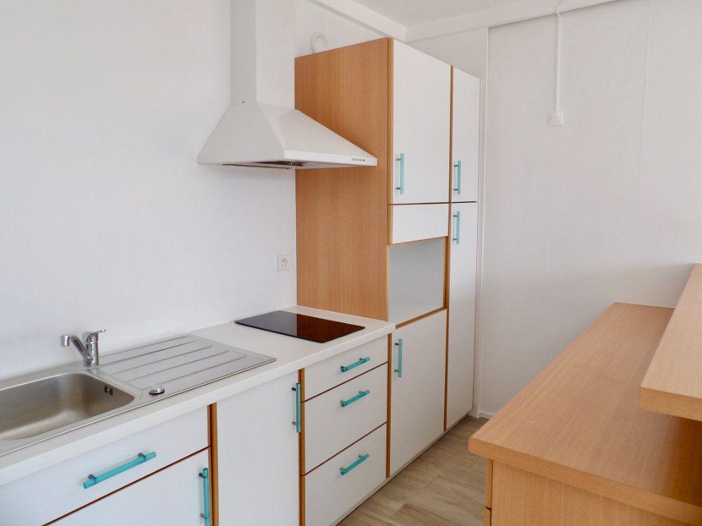 Appartement à vendre 1 31m2 à Bordeaux vignette-2