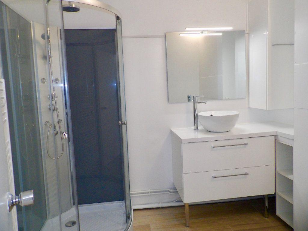 Appartement à vendre 1 31m2 à Bordeaux vignette-4