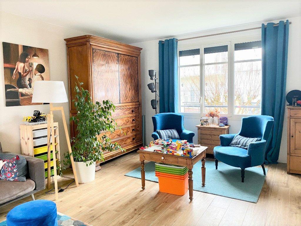 Maison à vendre 6 121m2 à Le Bouscat vignette-3