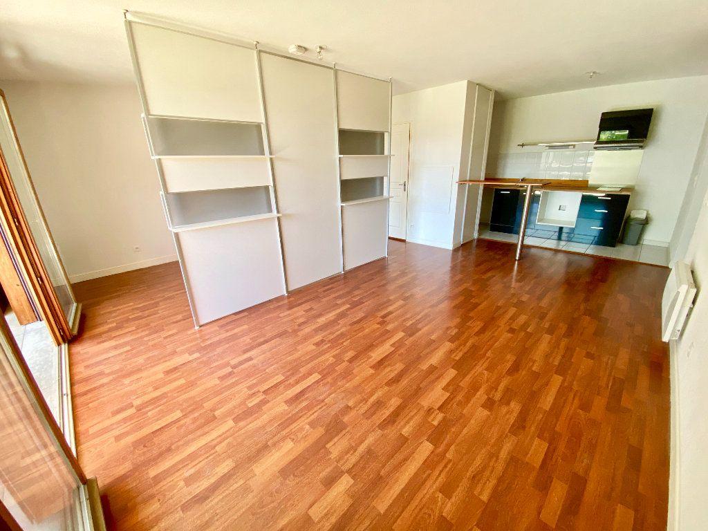 Appartement à vendre 1 42m2 à Bruges vignette-1