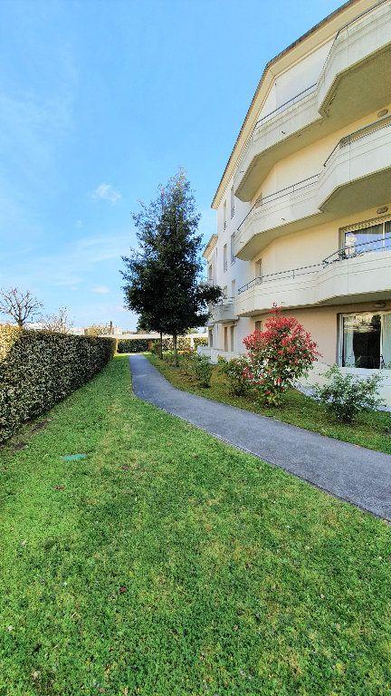 Appartement à vendre 2 50m2 à Le Bouscat vignette-8