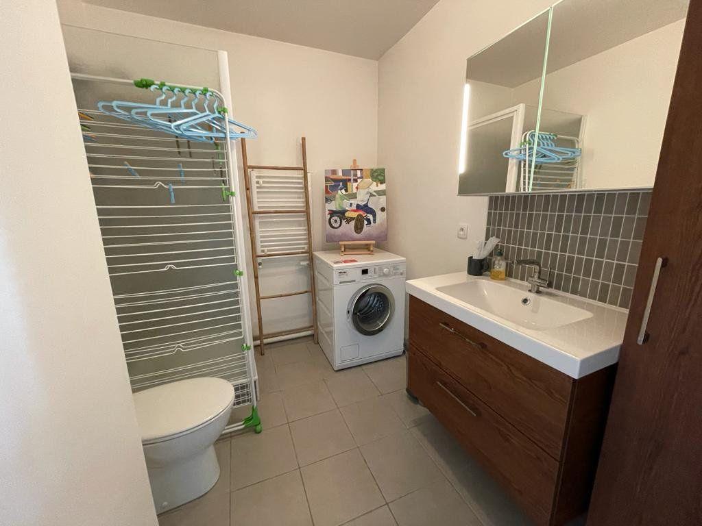 Appartement à vendre 4 102.61m2 à Bordeaux vignette-6
