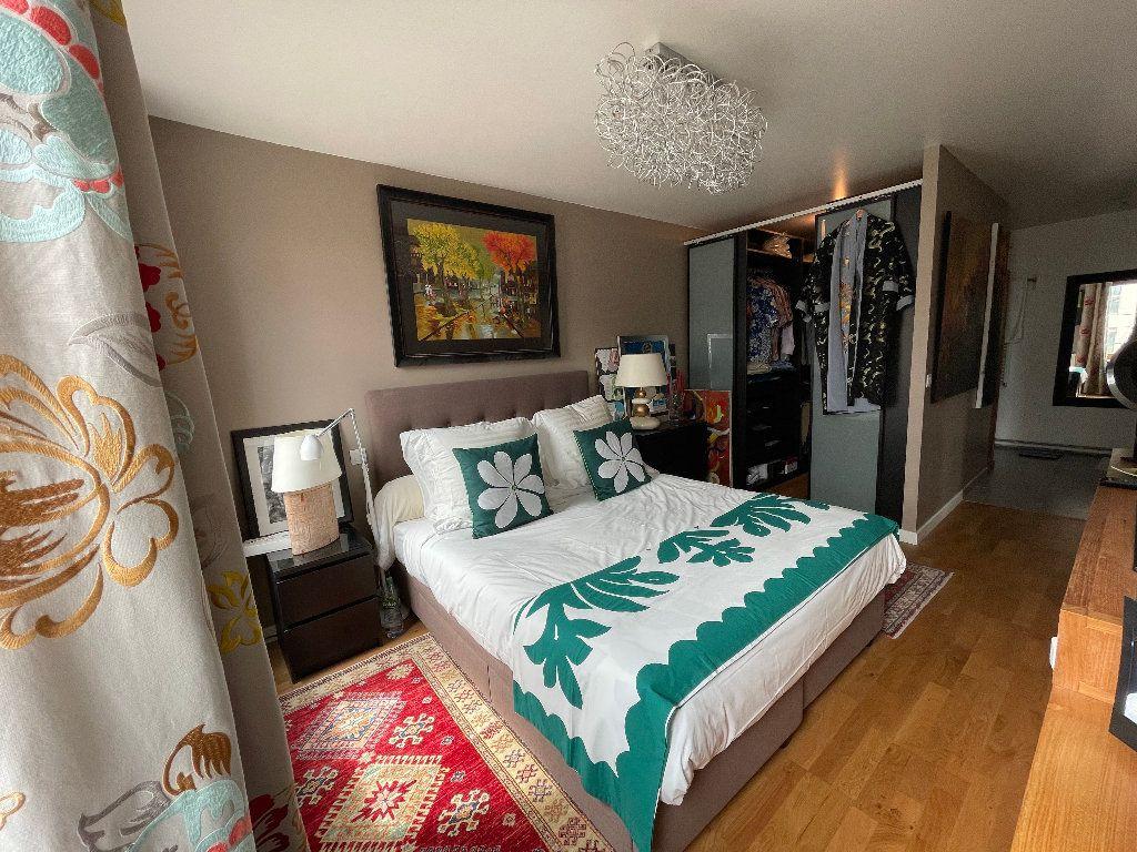 Appartement à vendre 4 102.61m2 à Bordeaux vignette-7