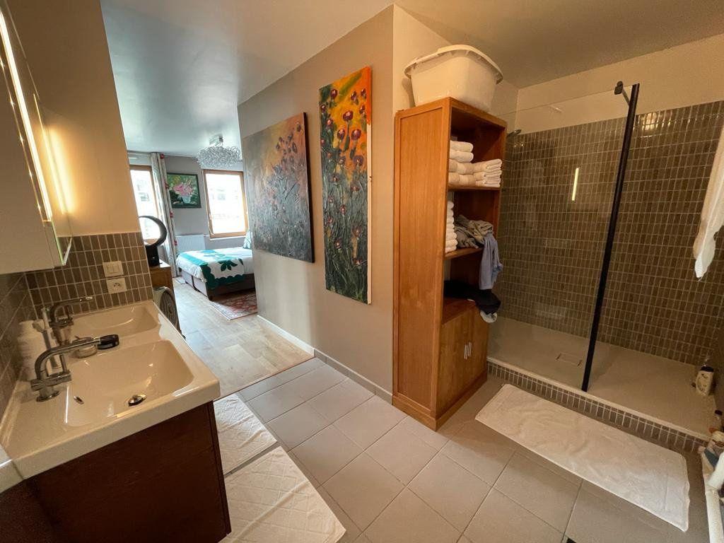 Appartement à vendre 4 102.61m2 à Bordeaux vignette-8