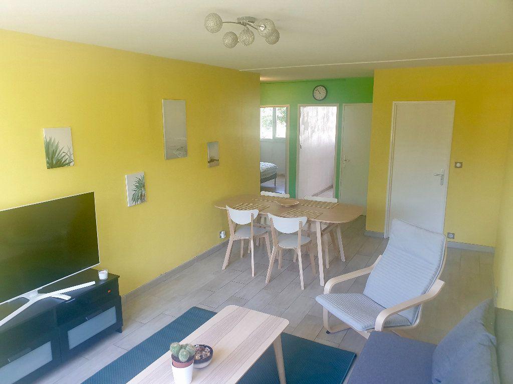 Appartement à louer 4 77.1m2 à Mérignac vignette-2