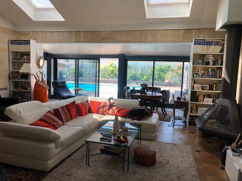 Maison à vendre 7 174m2 à Le Bouscat vignette-1