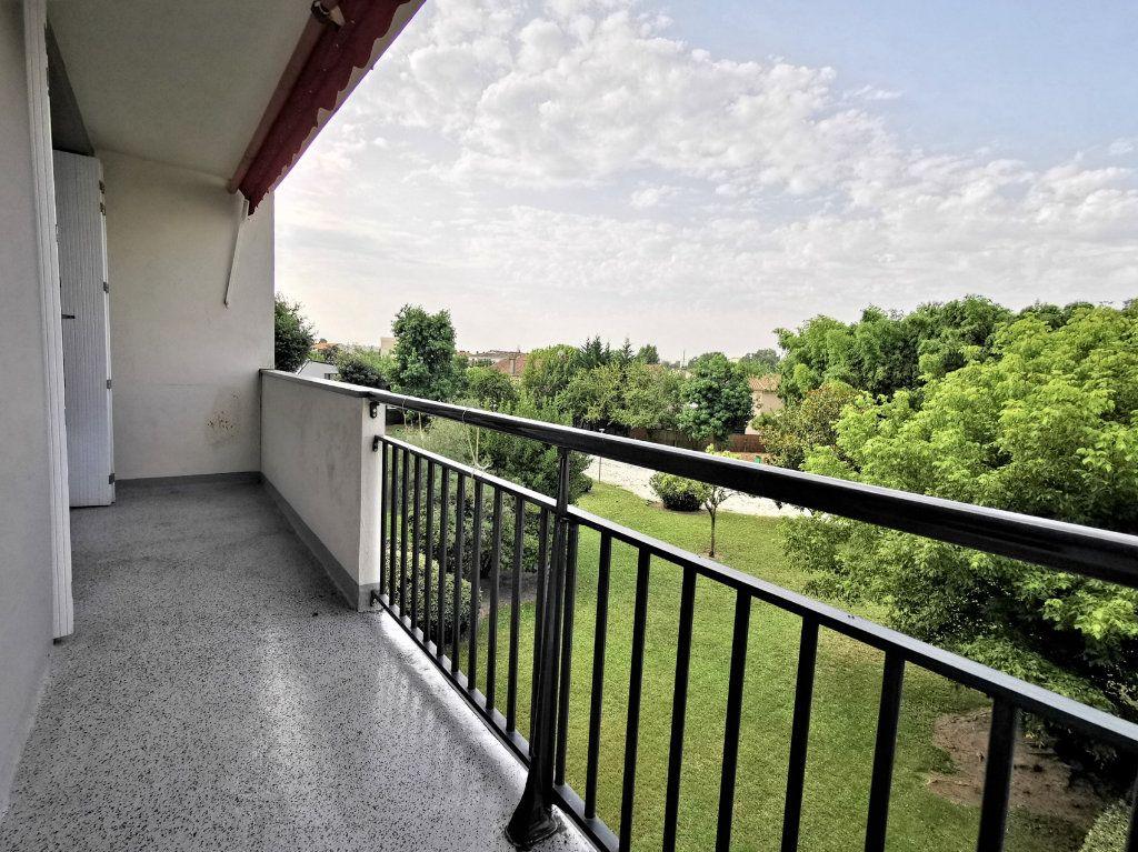Appartement à vendre 3 66m2 à Bordeaux vignette-1