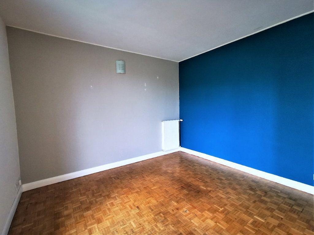 Appartement à vendre 3 66m2 à Bordeaux vignette-3
