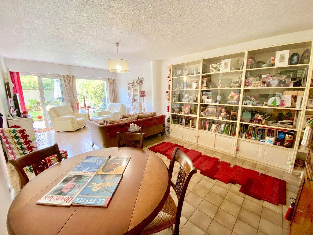 Maison à vendre 5 97.5m2 à Le Bouscat vignette-2