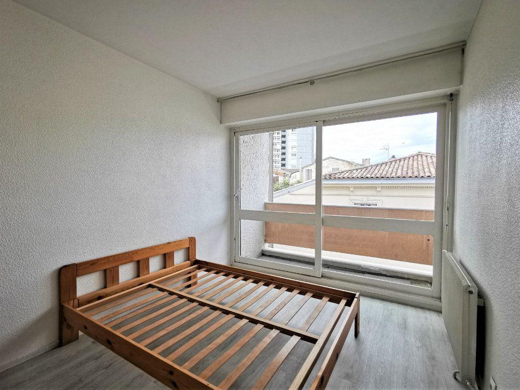 Appartement à vendre 2 35.36m2 à Bordeaux vignette-3